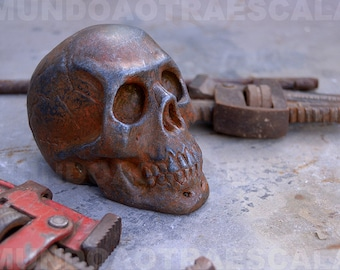 Skull 1:3 effect oxide scale