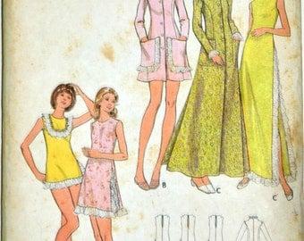 Uncut 1970s Butterick Vintage Sewing Pattern 6900, Size 8