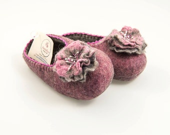 Handmade wool felted women slippers, with Flowers brooches