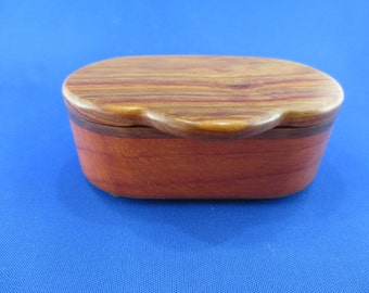 Round end ring jewelry box
