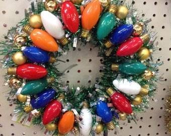 Vintage Christmas lights bulbs wreath