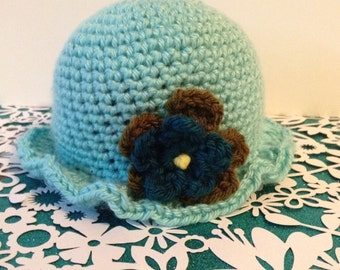 Get ready for Spring with this adorable hat.