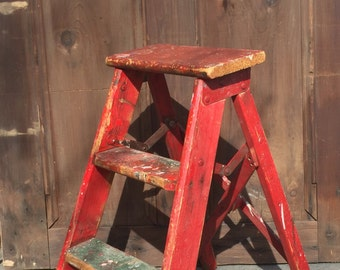 Wood Folding Step Ladder in Red Paint