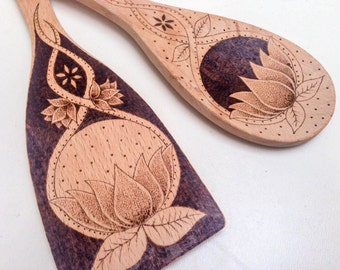 Personalized pyrography lotus flower utensil set, personalized woodburned wooden spoon and spatula gift idea, customized kitchen decor gift