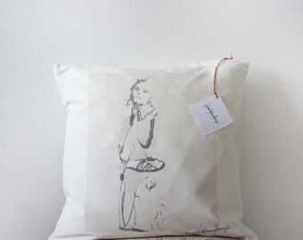 Decor Cushion Case. Mode: Cotton.