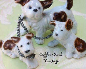 Vintage China Dog and Pups On A Chain