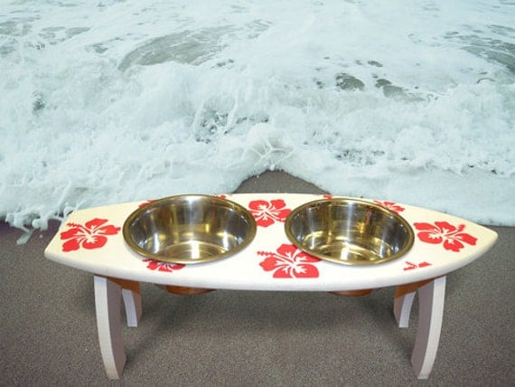 Surfboard Dog Feeder, Surfboard Elevated Feeder for Dogs, Beach Themed Dog Bowl, Beach Dog Feeder, Elevated Dog Feeder, Dog Feeding Station