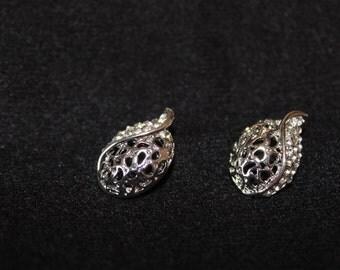 pretty earrings vintage