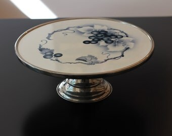 Antique cake stand / cake plate / porcelain / grapes / serving dish