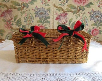 Picnic Hamper - French Vintage
