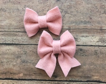 Blush Felt Bow on Metal Clip, Hair Tie, or Elastic Headband; Buy 3 Get 1 Free! Small Felt Hair Bow, Blush Hair Bow, Pink Felt Hair Bow