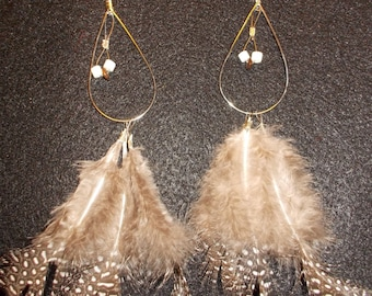 casual, natural beaded feathered earrings