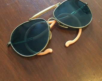 Unique Vintage Blue/Green Aviator Sunglasses