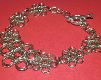 Chainmaille 'Flower' bracelet