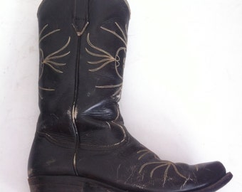 Vintage cowboy western boots, size  10.