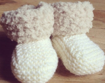 Beautiful Hand knitted baby booties 0-6 months
