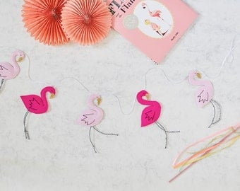 Pink flamingo garland, five flamingoes with gold glitter beaks