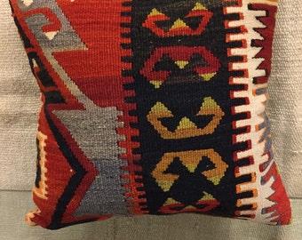 Throw pillow,kilim pillow,handwoven turkish kilim pillow case,anatolian cushion cover,hand made pillow case