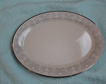 Lenox Snow Lily Large Platter ( 17 3/8 in)