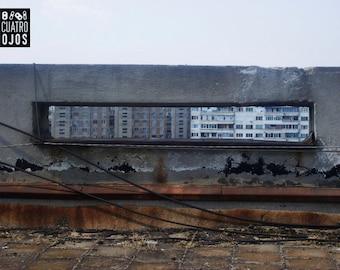 WINDOW INSIDE_Street photography in Bucharest