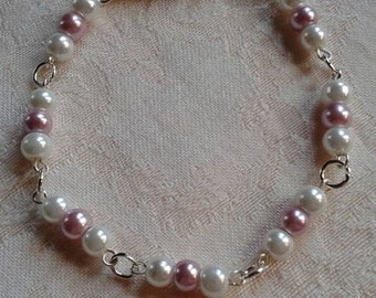 White and lilac bracelet