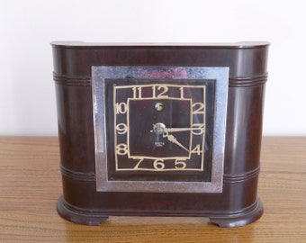 Smiths Sectric electric clock, Bakelite and chrome plated dial frame, Deco style, late 1930's