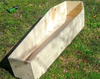 Coffin,Toe Pincher Coffin,Green Burial,Funerary Box,Old Pine Box,Simple Burial Box,Pine Casket,Tapered Coffin,Adult Coffin,Halloween,Spooky