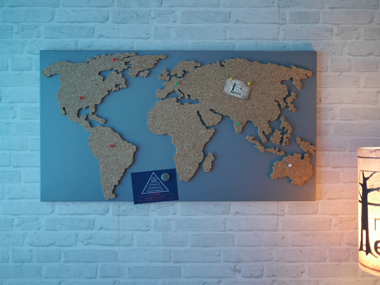 magnetic cork pinboard as world map 40x20 inch. Black Bedroom Furniture Sets. Home Design Ideas