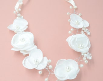 Bridal Headband with white flowers and pearls