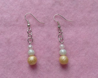 White & Yellow Beaded Earrings.
