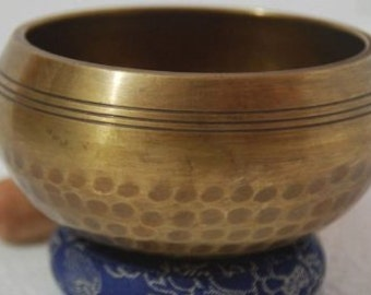 4 Inches Excellent OLD B Chakra Tibetan Singing Bowl
