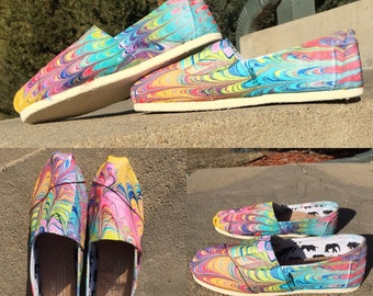 Painted Canvas Shoes *Womens SIZE 8*
