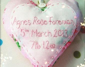 Hanging heart birth announcement keepsake. New baby gift, nursery, childrens room. Handmade. Hand embroidery.