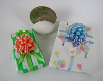 Miniature Wrapped Presents-Miniature Birthday Presents-Dollhouse Presents-All Occasions Miniature Presents