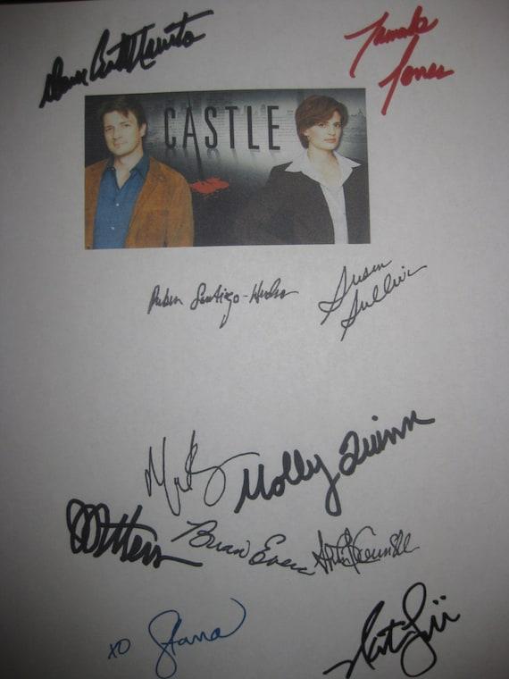 Castle Signed TV Script Screenplay Autograph Nathan Fillion Stana Katic James Patterson Susan Sullvan Molly C. Quinn Dan Castellaneta Jones