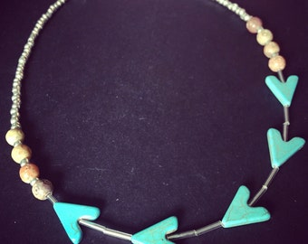 Turqoise arrows necklace