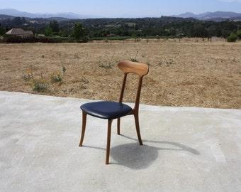 Kagan Chair