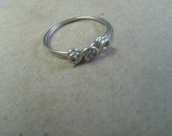Elegant Wire Ring