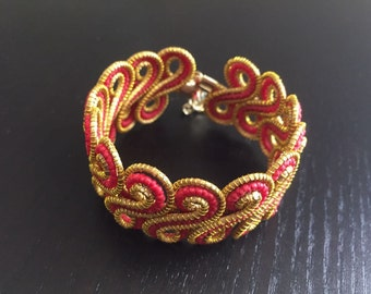 Unique Golden Grass Cuff