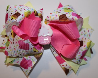 Cupcake boutique hair bow