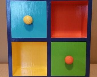4-Space Display Box