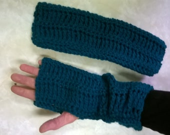 Crocheted Wristers