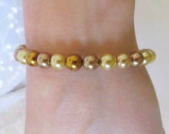Multi-colored Pearl Bracelet, GB-85.  Gold Magnetic Clasp.