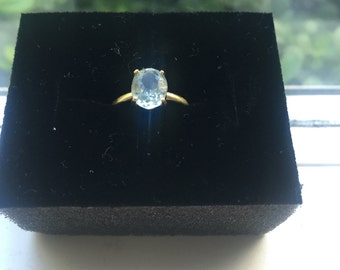 Vintage Estate Solitare Natural Aquamarine and 10k Yellow Gold Ring Size 4