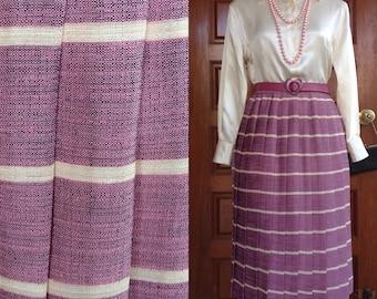 1950s Full Pleated Midi skirt / Vintage pink & beight cross strip silk / Permanant press pleated skirt / Size M