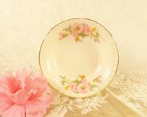 Pink Hibiscus dessert bowls, Crooksville China Co pink flower bowls, set of 5, porcelain hibiscus flower,cottage chic,garden style decor