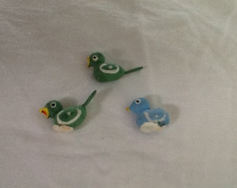 Vintage miniature wood painted birds, 3