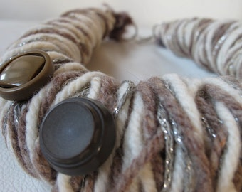 Wool necklace SAND