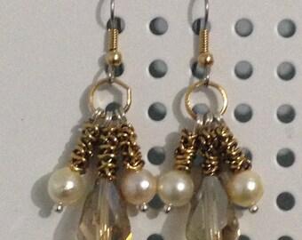 Cristal;Smoky topaz, pearl earings.