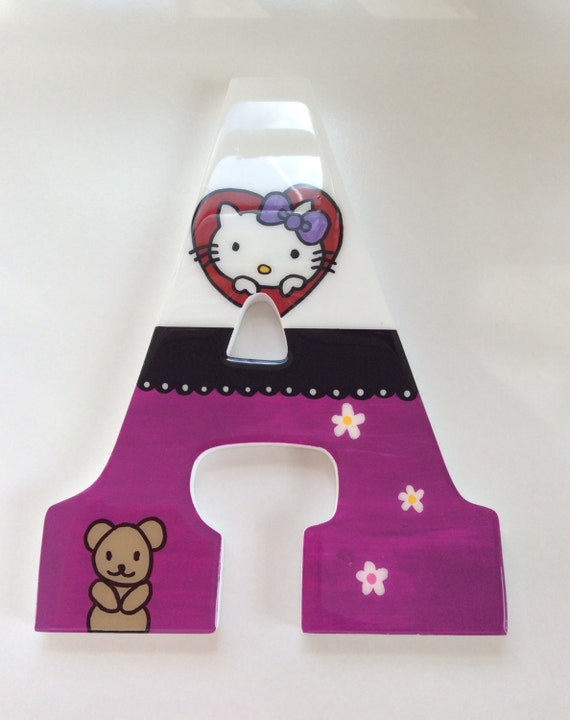 Hello Kitty's letters